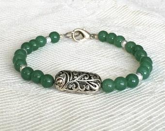 Green Bead Bracelet, Green Bracelet, Green Beaded Bracelet, Green Bracelets, Green and Silver Bracelets, Green Bead Bracelets