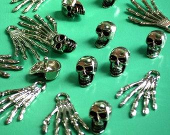 10 Metal Skull Rivet Studs Punk Style or Palm Skeleton Hanger Silver tone for Decoration DIY Jeans Leather Craft.