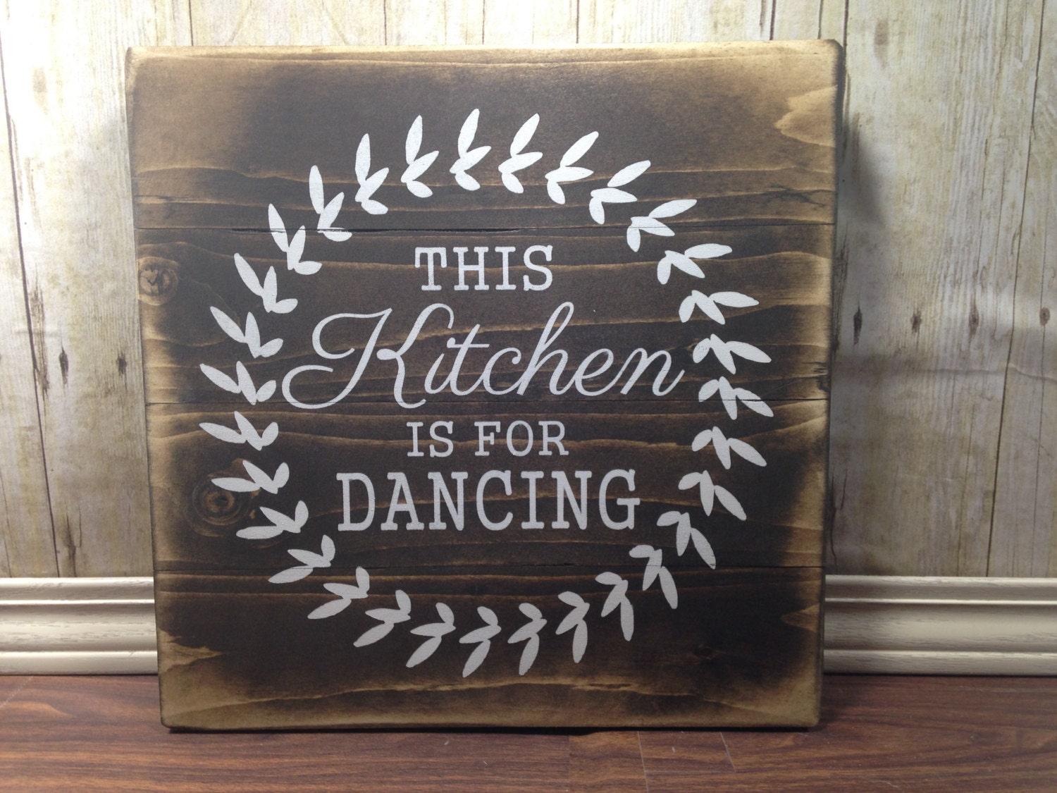 Wood Wall Decor For Kitchen : Kitchen wall decor rustic wood dancing