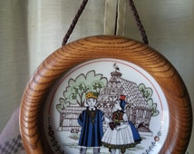 Altenkunstadt Vintage German Porcelain Plate in a Beautiful Oakwood hanging frame