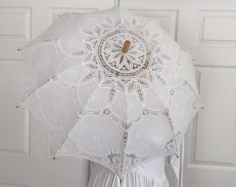 Gorgeous Vintage White Parasol, Sun umbrella, Lace umbrella, Wedding, Photo props