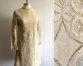 60s lace mini dress XS ~ vintage long sleeve mod dress