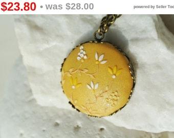 SALE Mustard Yellow Necklace, Yellow Pendant, Mustard Wedding, Yellow Bridesmaid Gift, yellow necklace, Boho Jewelry, yellow flower, sunf...