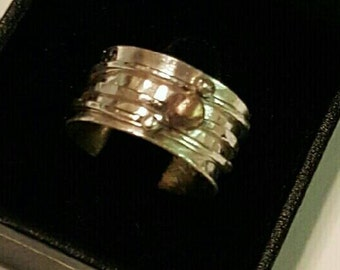 Fine silver spinner ring size 8 1/2
