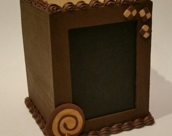 Chocolate Cookie Stationery Holder