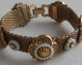 Beautiful Victorian Mesh Bracelet!