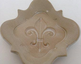 Small Cream Fleur De Lis Pottery Dish