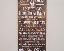 In This House We Do Disney Wooden Sign, Disney Sign, Shabby Chic Disney Quote Sign, We Do Disney, Home Decor, Children's Room Decor, Sign