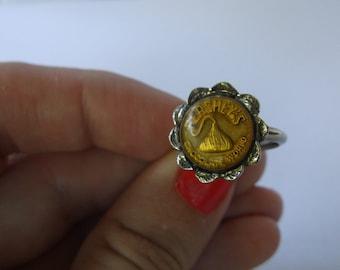 Vintage Hershey's Chocolate Kiss Ring, Rare Hershey's Chocolate World Souvenir Ring, Silver Tone, Fits Sizes 5-7