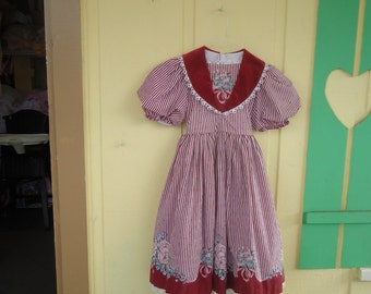 Little girls size 6 Red stripped little house on the Prairie dress