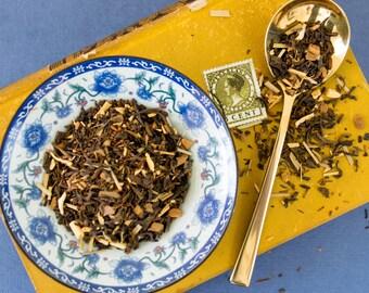 Black Tea Blend / Cinnamon Tea / Pu-erh Black Tea / Loose Leaf Tea  / Moonwalker Neil Armstrong