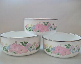 Kobe Enamel Nesting Bowls, Vintage Floral Serving Bowl Set, JCPenney Enamelware Bowls with Flowers