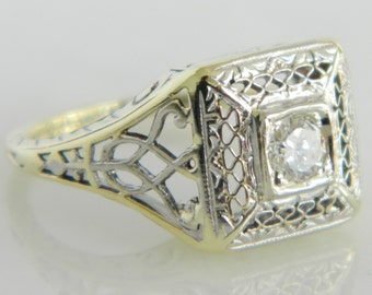 Beautiful Vintage 14K White & Yellow Gold Diamond Engagement Ring