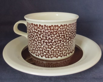 Arabia of Finland, Faenza Tea cup and saucer.