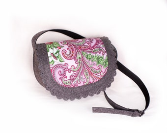 Felt crossbody bag with shawl, Cross body purse, Small cross body bag, Felt small bag, Small shoulder purse, Felt messenger bag Small purse