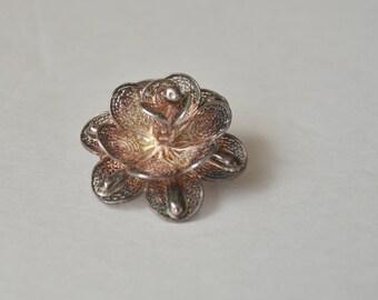 Vintage Art Deco Sterling Silver Mesh Flower Brooch Pin