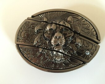 Lion Belt Buckle with built in knife