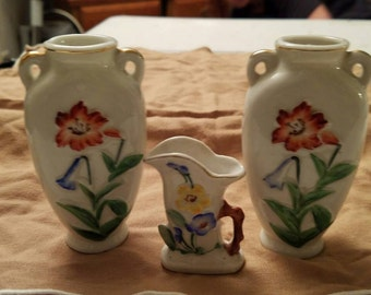 Set of 3 Flowered Vases