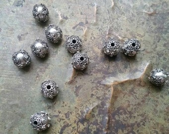 5 Intricate hand made antique silver Bali beads 10mm. 925 sterling  silver #1902