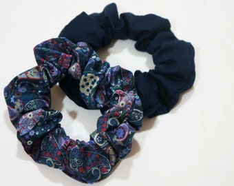 """2 x cotton scrunchies: Liberty navy multicoloured and navy plain cotton standard (22"""")"""