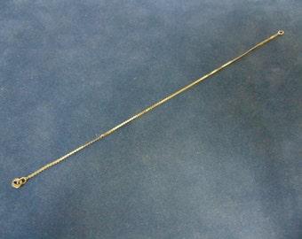 Women's Vintage Estate 14K Gold Thin Herringbone Bracelet 1.2g E2487