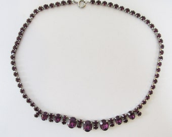 Classic Vintage 1950s Single Strand Amethyst Colored Rhinestone Necklace