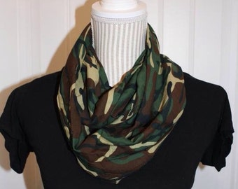 Camouflage jersey knit scarf