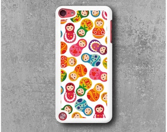 iPod Touch 5 Case White Russian dolls matriochkas + Free Shipping