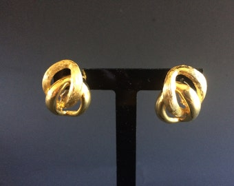 Vintage Napier Polished and Brushed Gold Tone Screw-Back Earrings