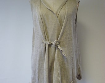 Beautiful artsy natural linen vest, L size. Only one sample.