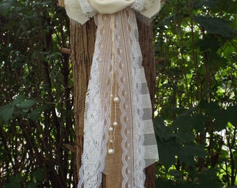 Burlap bow  Vintage Lace Wedding Bow-Pew bow Shabby Rustic Chic Decorations