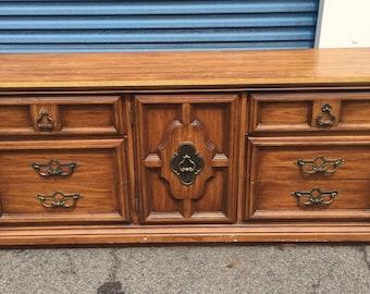 Vintage Hollywood Regency Style Dresser/Credenza/Buffet/ Server