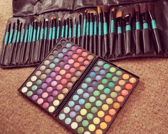 32 Piece make up brush set with 120 eyeshadow palette