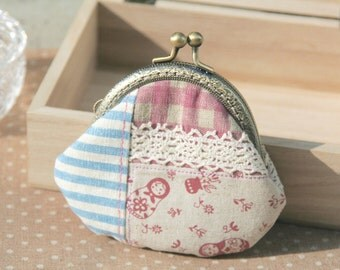 Lovely Patchwork Style Matrioshka Cotton Linen Metal Frame Coin Purse//Gift for her