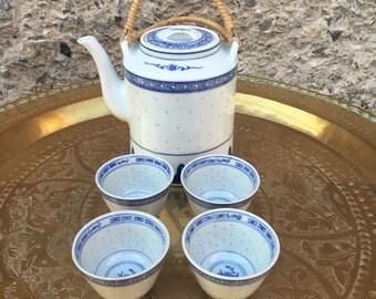 Vintage Chinoiserie tea set