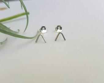 Arrow stud earrings / mountain top / chevron / triangle / sterling silver / gold filled / simple / minimalist / everyday wear