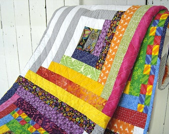 Modern log cabin quilt / twin bed quilt / extra cover for double bed / throw quilt