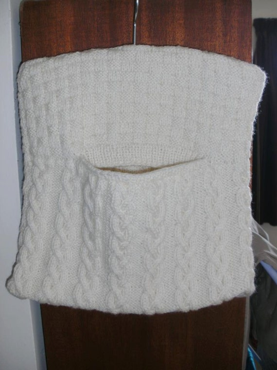 Knitting Pattern For A Peg Bag : Aran cable knitted peg bag