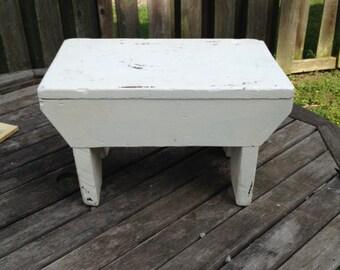 Primitive Handmade Wood Barn/Milking/Foot Stool Garden Bench White Paint