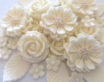 CREAM ROSE BOUQUET edible sugar flowers ivory wedding cupcake cake decorations