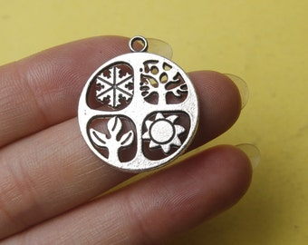 Four Seasons Charm Antique Silver Tone Absolutely Stunning  24mm