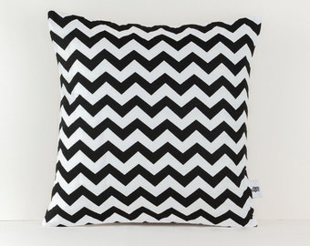 Chevron Cushion Black and White -  Chevron pillow - Black and White - Decorative Cushion Case - Linen Pillow Cover - Minimalist Home Decor