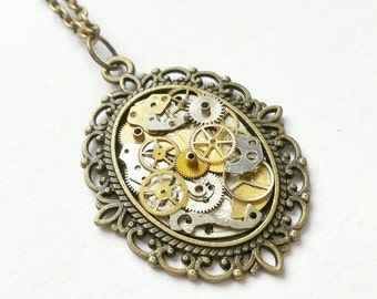 Watch Part Cameo Necklace. Steampunk Jewellery. Watch Part Jewellery. Cameo Necklace. Steampunk Cameo. Bronze Necklace. Vintage Jewellery.