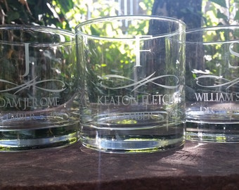 Personalized Whiskey Glasses, Groomsmen Gifts, Rocks Glasses Personalized, Custom Engraved Scotch Glass, Whiskey Glasses Engraved, Custom
