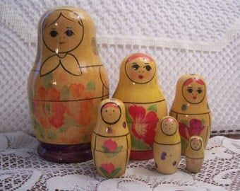 Russian Nesting Doll/Six Pieces