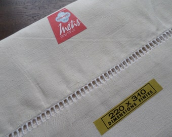 No23  Unused Vintage French Metis Linen Sheet Ladder across the top.