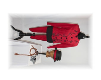 Circus Costume / Lion Tamer / Ring Master Costume / Red Tailcoat / Redcoat-Medium (B4)