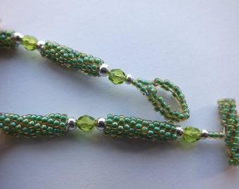 Jonquil Green Peyote Stitch Bracelet