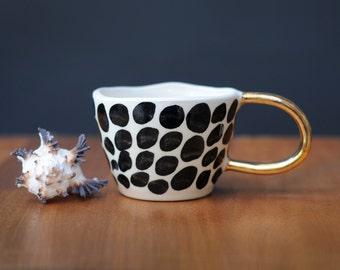 CHEETAH CUP - Gold Handle - Monochrome Mug