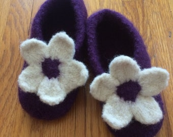 Knitted & Felted Wool Slippers, Girls Slippers,Knitted Purple Slippers,Knitted House Shoes, Sz 10.5,Handknit Slippers,Knitted Soled Slippers